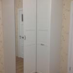Шкаф от Икеа с зеркальными дверьми